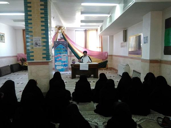 انقلاب اسلامی توان مدیریت جهانی اسلام را ثابت کرد